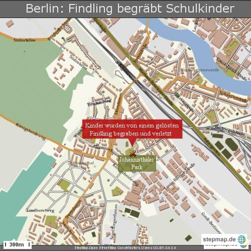 Berlin- Findling begräbt Schulkinder