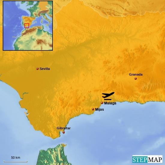 Fragen wir mal Wikipedia: Die Stadt Mijas hat 79.483 gemeldete Einwohner (Stand 1. Januar 2015) auf einer Fläche von 149 km². Dies entspricht 533 Einwohner pro km². Da es in Spanien keine gesetzliche Meldepflicht gibt (...), ist die tatsächliche Einwohnerzahl deutlich höher. Dies gilt insbesondere für ausländische Residenten, unter denen Briten das größte Kontingent stellen, gefolgt von Deutschen, Skandinaviern etc. Die Bewohner von Mijas haben, nicht zuletzt aus diesem Grund, mit das höchste Pro-Kopf-Einkommen der Gemeinden an der Costa del Sol.