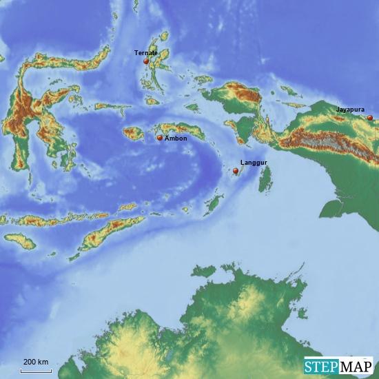 """Hier ein Ausschnitt der Molukken-Inseln: Die 3 Inseln,-deren Hauptstädte ich eingetragen haben wollen wir auf jeden Fall besuchen. Danach müssen wir  von """"Ambon"""" oder """"Ternate"""" nach """"Jayapura"""" auf Neuguinea fliegen"""