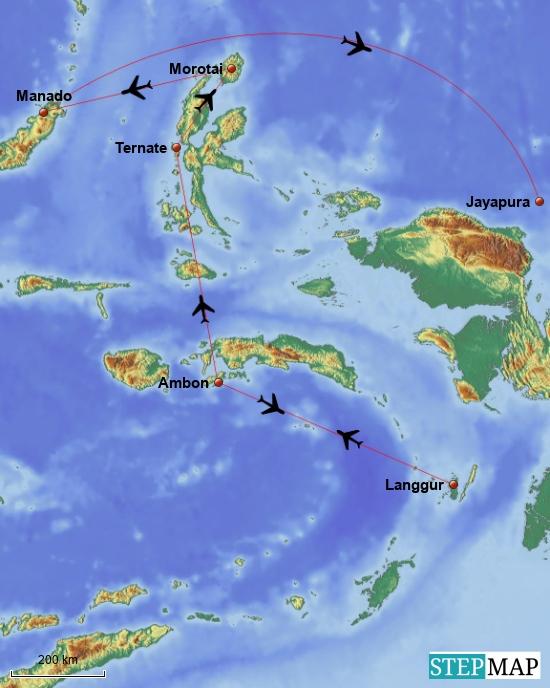 """Oweia! Sooo viele Flüge! Von Ambon geht es nach Langgur, das ist der Airport der Kei-Islands. Von dort zurück nach Ambon- Von Ambon nach Ternate, dort besuchen wir den Vulkan """"Gamalama"""" das ist einer der aktivsten Vulkane Von dort fliegen wir nach Morotai Von Morotai nach Manado auf Sulawesi und besuchen die Insel Bunaken -wo wir vor einigen Jahren schon einmal waren. Das machen wir auch nur, weil wir sonst wieder zurück nach Ambon müssten. Von Manado geht es dann weiter nach Jayapura-das ist ein längerer Flug."""